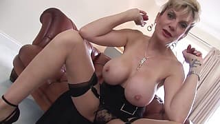 Huge tits mom is getting topless on the cam