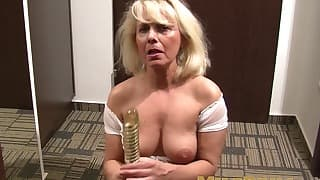 Porn mom tubes solo action looks great