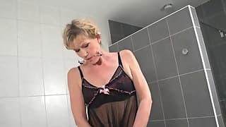 Lusty my sex mom action with a slender doll